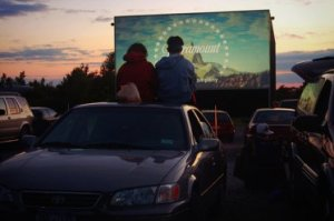 romantic date ideas drive in movie
