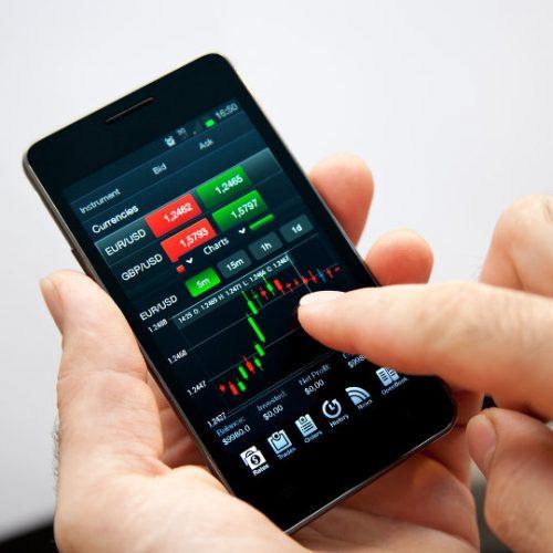 stock-trading-cellphone